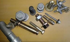 ۲۰۱۵۱۱۲۱_۱۰۴۲۲۹  انواع پیچ و مهره های ماشین آلات راهسازی و معدنی