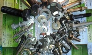 ۲۰۱۵۱۱۲۱_۱۲۱۱۲۰  انواع پیچ و مهره های ماشین آلات راهسازی و معدنی